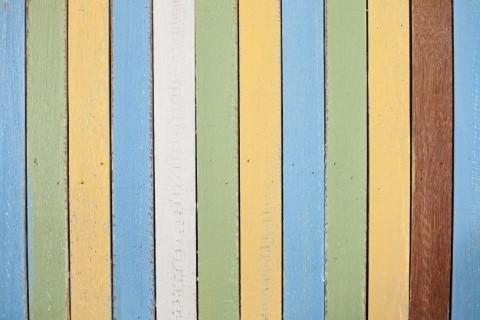 ทาสีไม้เทียม 2
