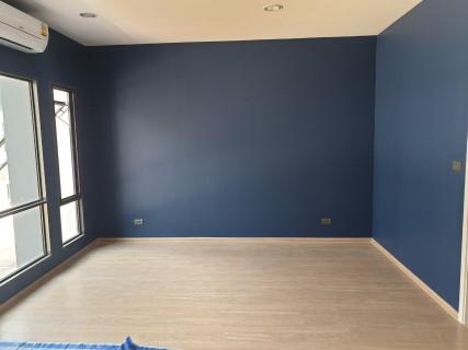 ช่างทาสีห้อง 2
